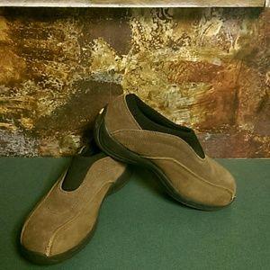 Rockport steel toe shoes.